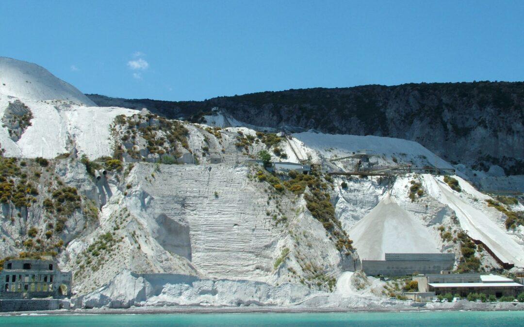 Ambiente: da Lipari appello per salvare le cave di pomice